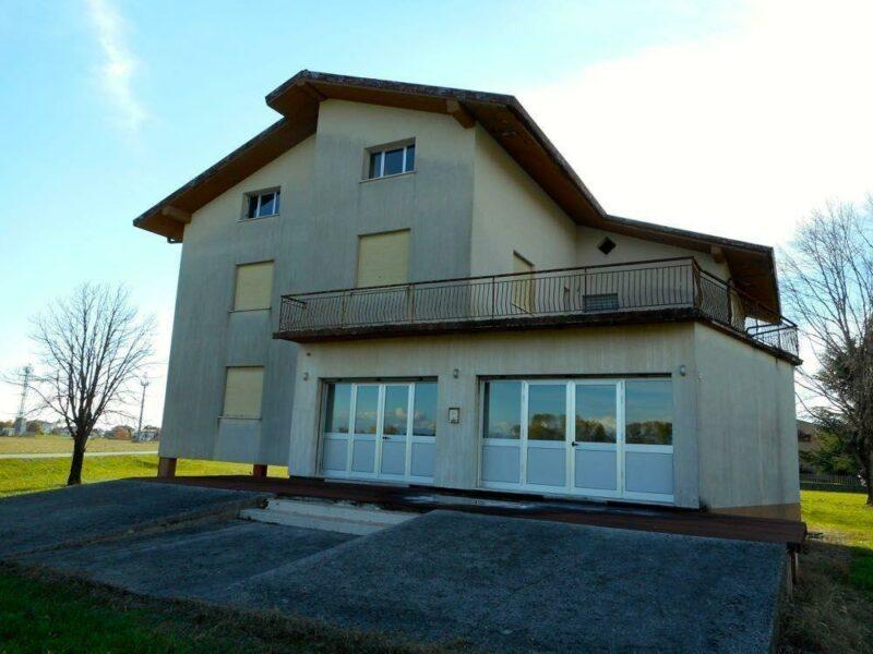 ampia casa indipendente ideale per Bed and Breakfast San Giorgio della Richinvelda