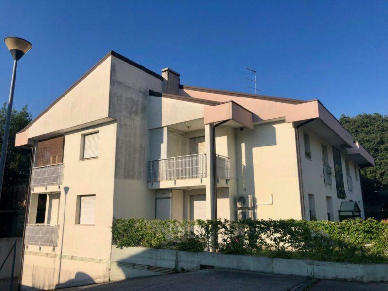 Appartamento bicamere con cantina e garage Corno di Rosazzo