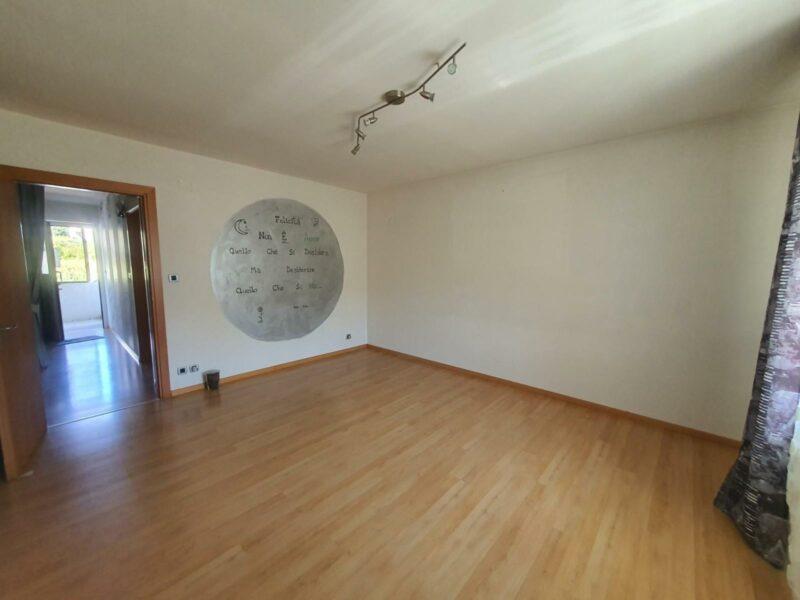Appartamento bicamere ben rifinito Arta Terme