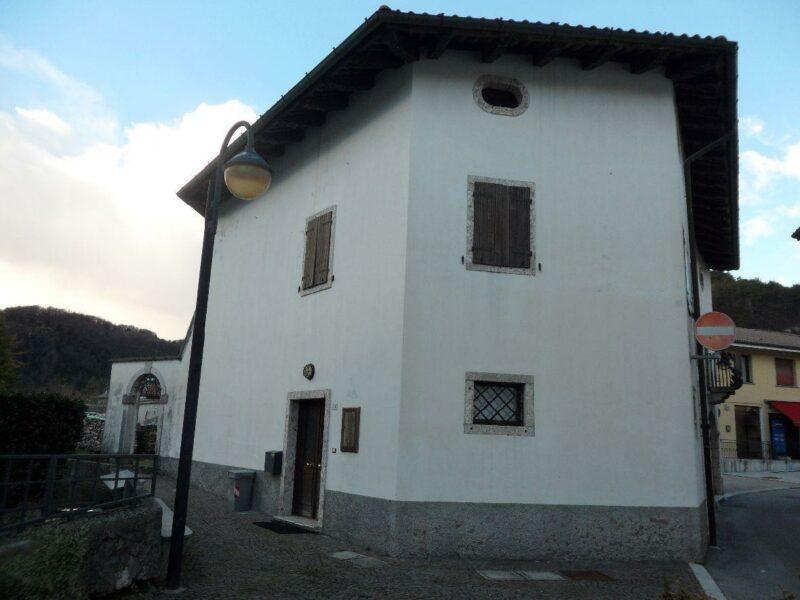 casa quadricamere Cavazzo Carnico