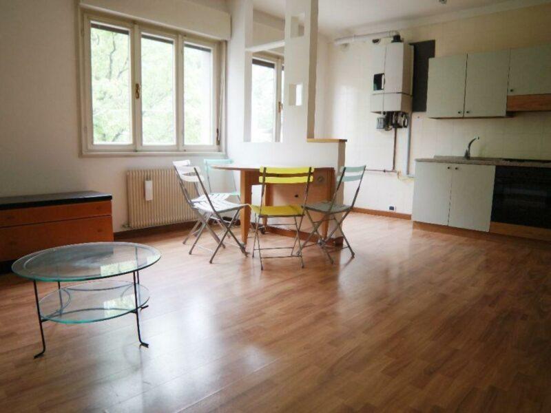 Appartamento bicamere arredato con doppia cantina in pieno centro! Buja
