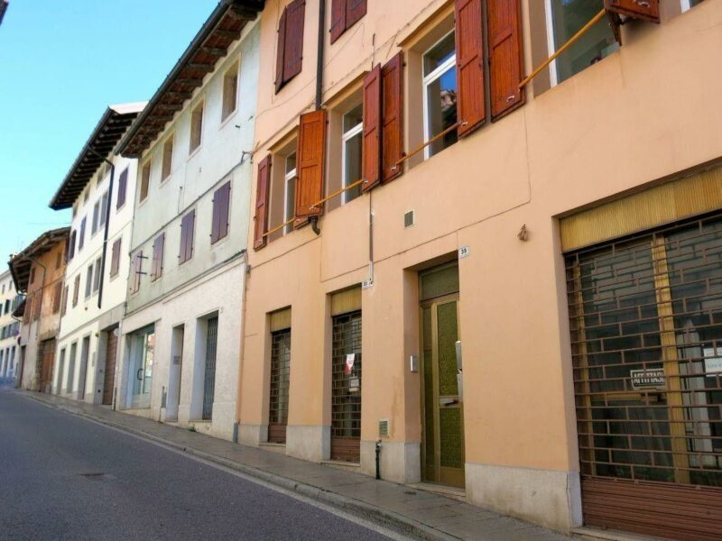 SPAZIO COMMERCIALE ZONA OSPEDALE San Daniele del Friuli