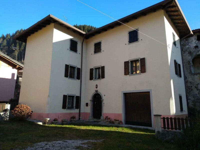 Villa con giardino Paluzza
