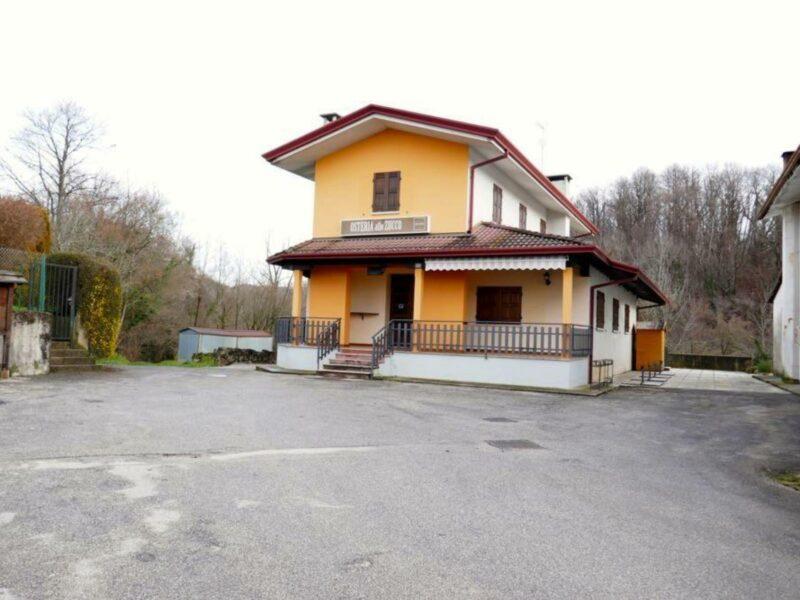 caratteristico bar osteria trattoria Castelnovo del Friuli
