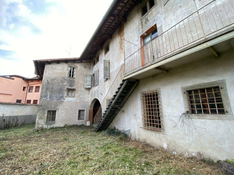 PALAZZO D'EPOCA CON GIARDINO IN CENTRO STORICO-San Daniele del Friuli