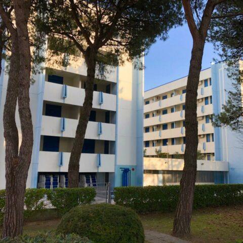 Appartamento bicamere in residence con piscina a Bibione Spiaggia Bibione