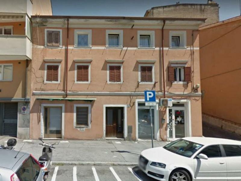 ZONA BURLO OTTIMO APPARTAMENTO BILOCALE RISTRUTTURATO Trieste