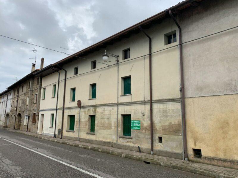 Casa tricamere con giaridno Rivignano Teor