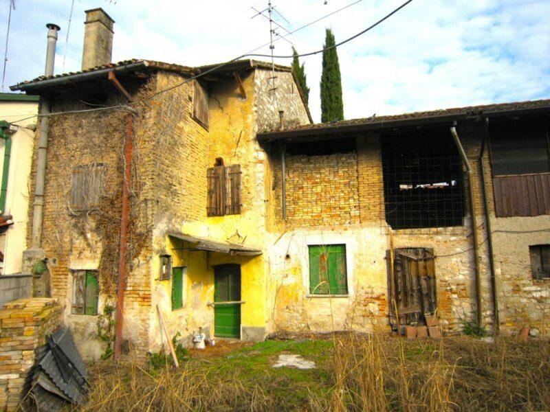 RUSTICO IN CENTRO San Giorgio di Nogaro