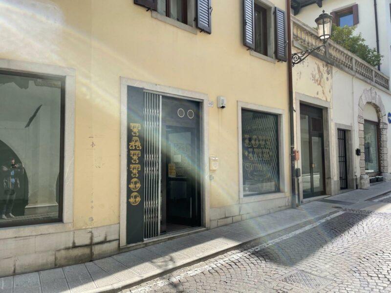 Centralissimo negozio al piano terra San Daniele del Friuli