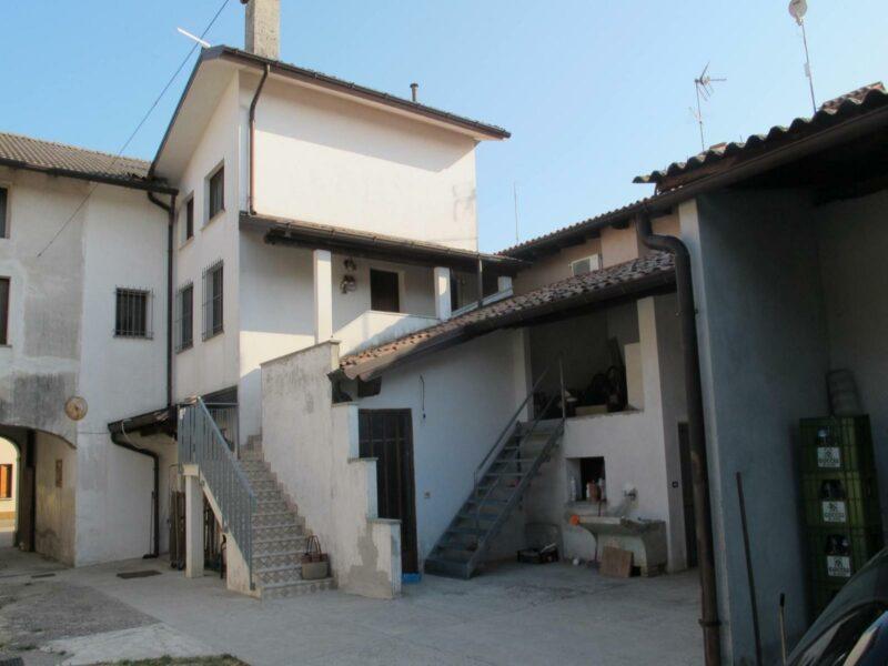 Casa bifamiliare Lestizza