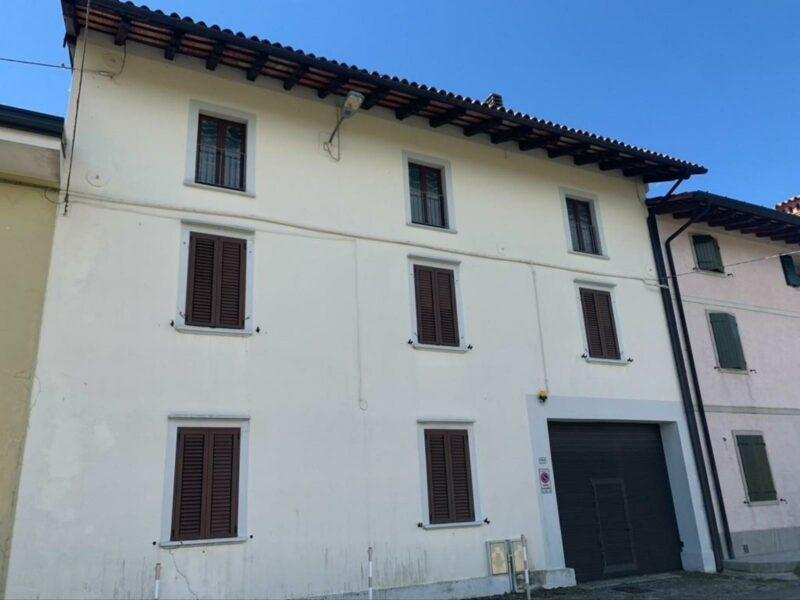 CASA IN LINEA CON GIARDINO PRIVATO San Daniele del Friuli