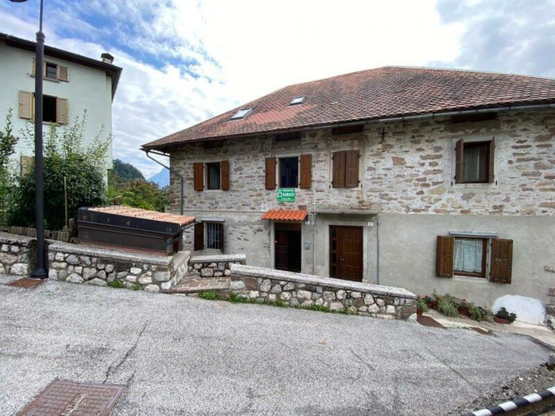 Casa con giardino Arta Terme