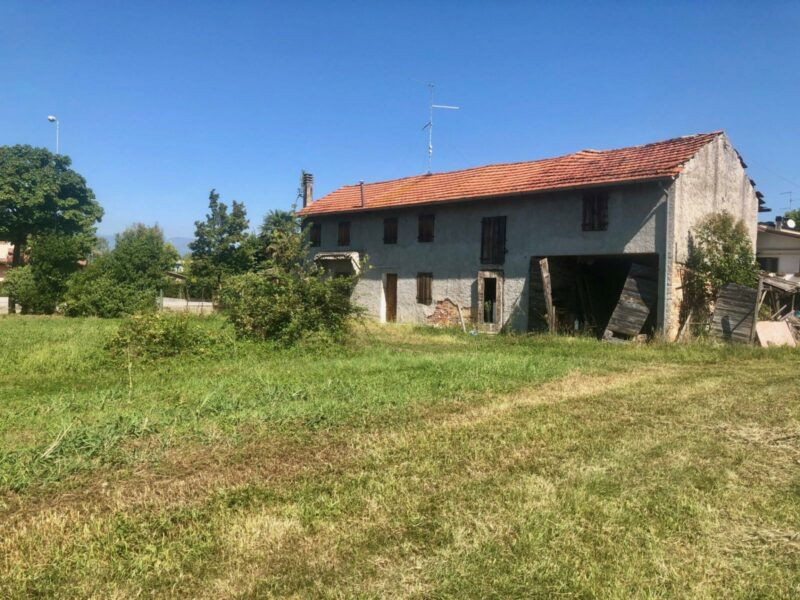 Abitazione rustica con terreno Pasiano di Pordenone