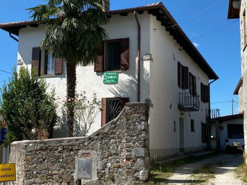 Casa tipica friulana tricamere con giardino Tricesimo