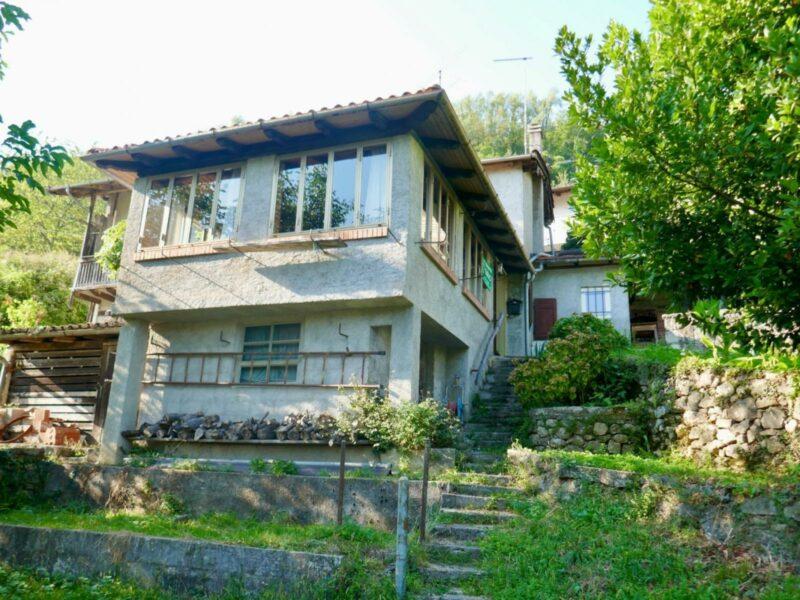 Suggestiva casa tricamere con giardino Castelnovo del Friuli