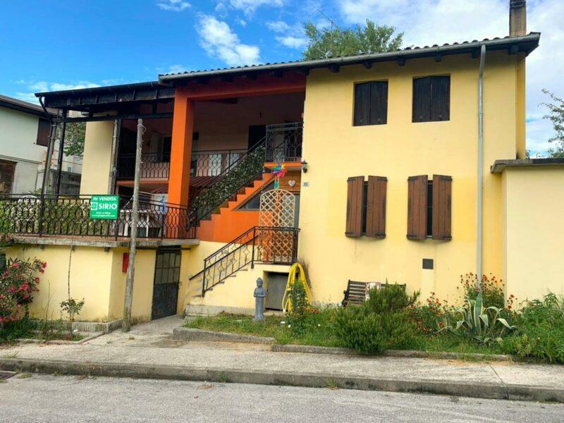 Casa indipendente bicamere e biservizi con giardino Pinzano al Tagliamento
