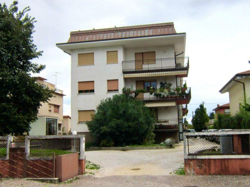 Appartamento bicamere con garage e cantina Spilimbergo