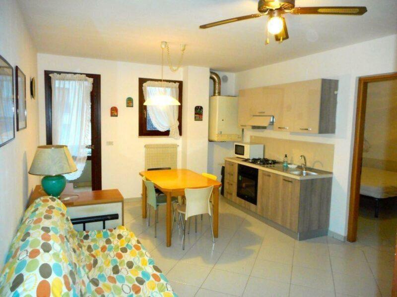 miniappartamento arredato con ampio terrazzo Spilimbergo