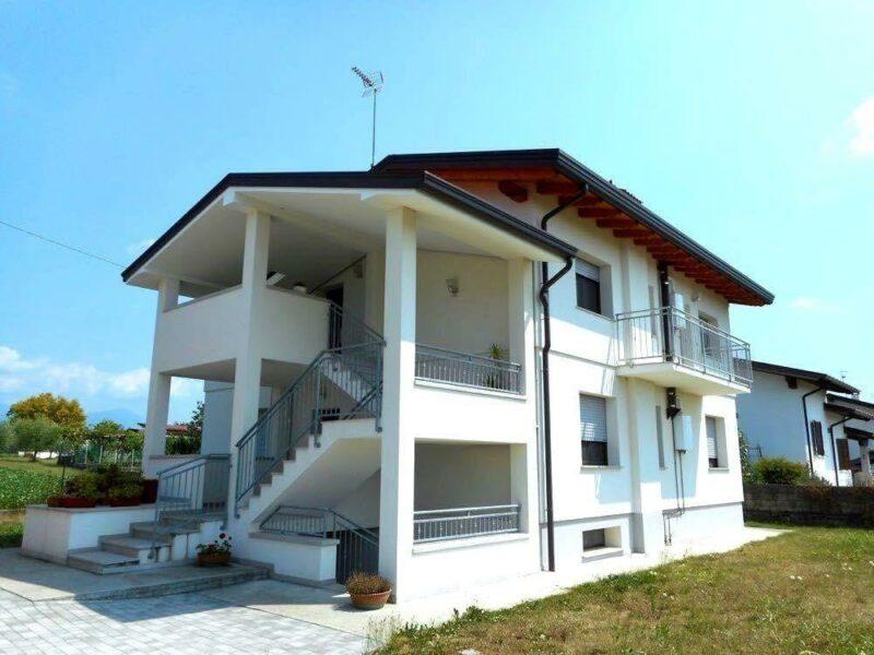 recentissimo ed ampio miniappartamento arredato a Vacile Spilimbergo