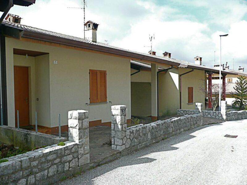 PANORAMICA VILLASCHIERA BICAMERE IDEALE CASA VACANZE Forgaria nel Friuli