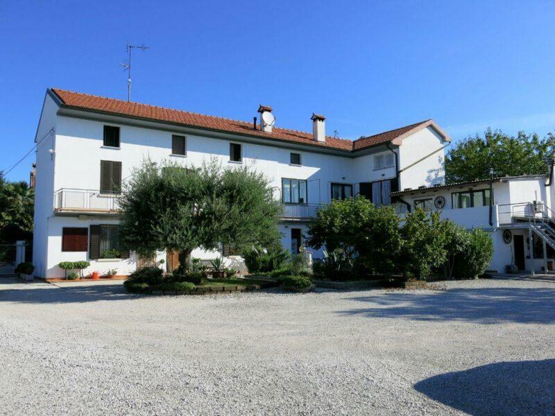 MINI APPARTAMENTO ARREDATO SENZA SPESE CONDOMINIALI San Daniele del Friuli