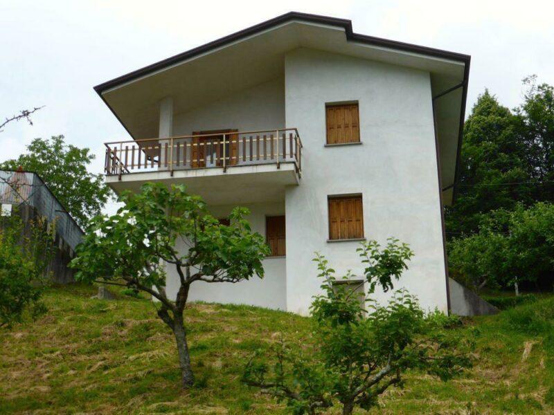 panoramica casa indipendente tricamere Vito d'Asio