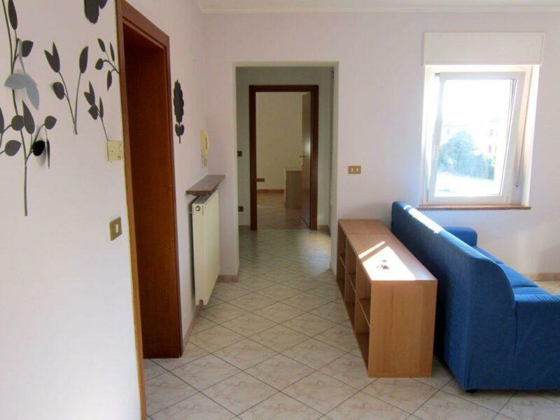 ampio e luminoso miniappartamento arredato Spilimbergo