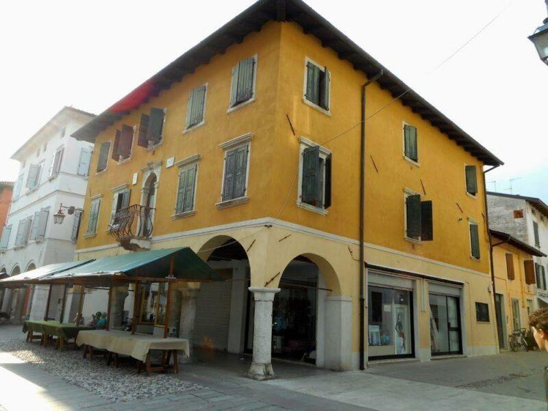 spazioso miniappartamento sul Corso Roma Spilimbergo